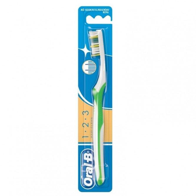 Oral B 1.2.3 Toothbrush Medium 40