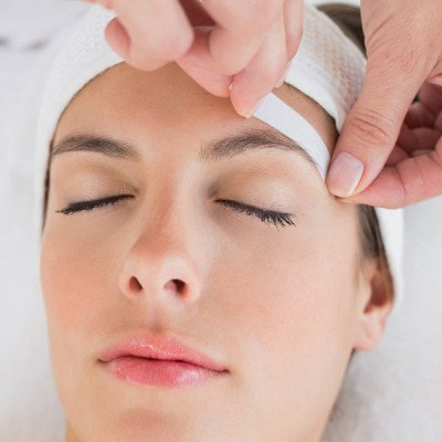 Facial Waxing - Eyebrows