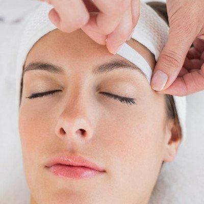 Facial Waxing - Eyebrows